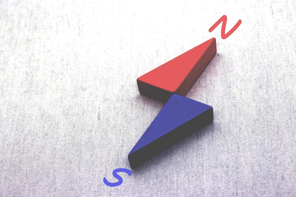 磁石のN極とS極